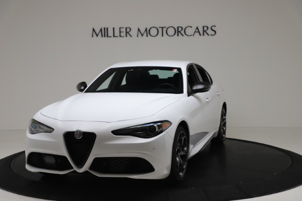 New 2020 Alfa Romeo Giulia Ti Sport Carbon Q4 for sale $51,640 at Rolls-Royce Motor Cars Greenwich in Greenwich CT 06830 1