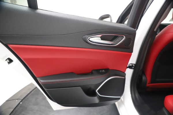 New 2020 Alfa Romeo Giulia Q4 for sale $44,845 at Rolls-Royce Motor Cars Greenwich in Greenwich CT 06830 21