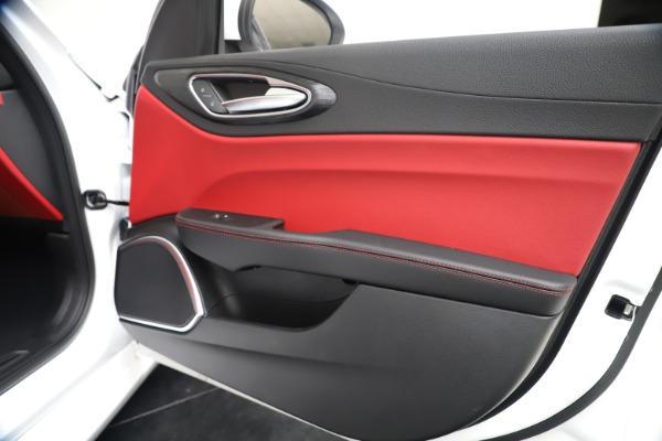 New 2020 Alfa Romeo Giulia Q4 for sale $44,845 at Rolls-Royce Motor Cars Greenwich in Greenwich CT 06830 25