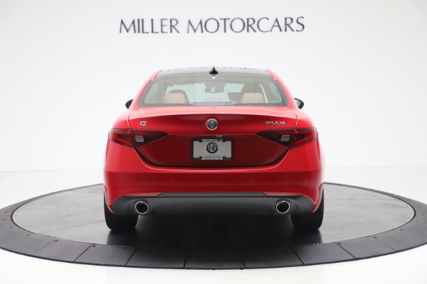 New 2020 Alfa Romeo Giulia Q4 for sale $44,845 at Rolls-Royce Motor Cars Greenwich in Greenwich CT 06830 6