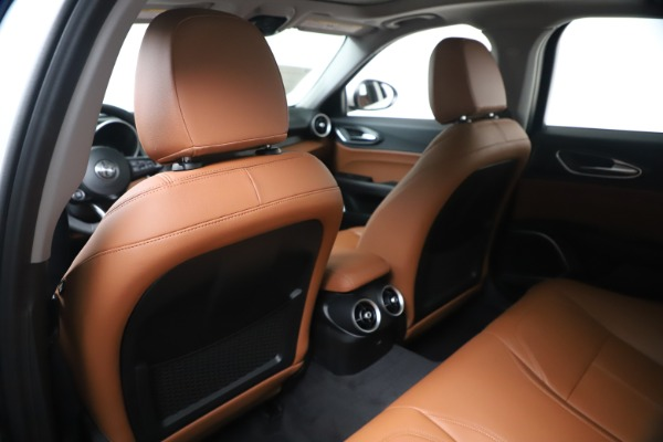 New 2020 Alfa Romeo Giulia Q4 for sale Sold at Rolls-Royce Motor Cars Greenwich in Greenwich CT 06830 20
