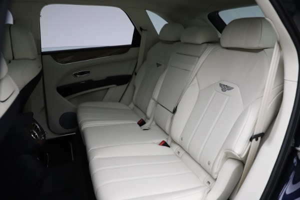 New 2021 Bentley Bentayga V8 for sale Sold at Rolls-Royce Motor Cars Greenwich in Greenwich CT 06830 25
