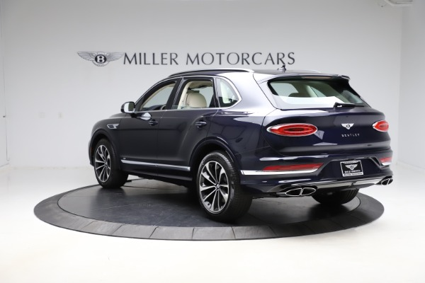 New 2021 Bentley Bentayga V8 for sale $204,100 at Rolls-Royce Motor Cars Greenwich in Greenwich CT 06830 5