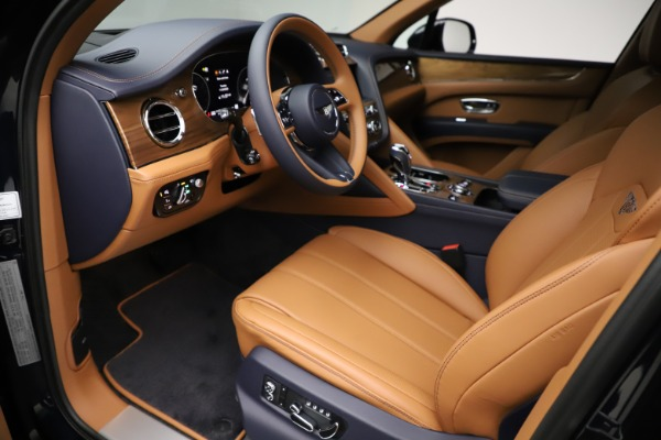 New 2021 Bentley Bentayga V8 for sale $203,205 at Rolls-Royce Motor Cars Greenwich in Greenwich CT 06830 18