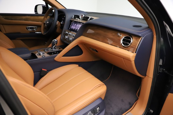 New 2021 Bentley Bentayga V8 for sale $203,205 at Rolls-Royce Motor Cars Greenwich in Greenwich CT 06830 25