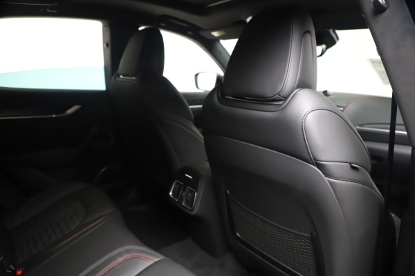 New 2020 Maserati Levante S Q4 GranSport for sale $102,985 at Rolls-Royce Motor Cars Greenwich in Greenwich CT 06830 28