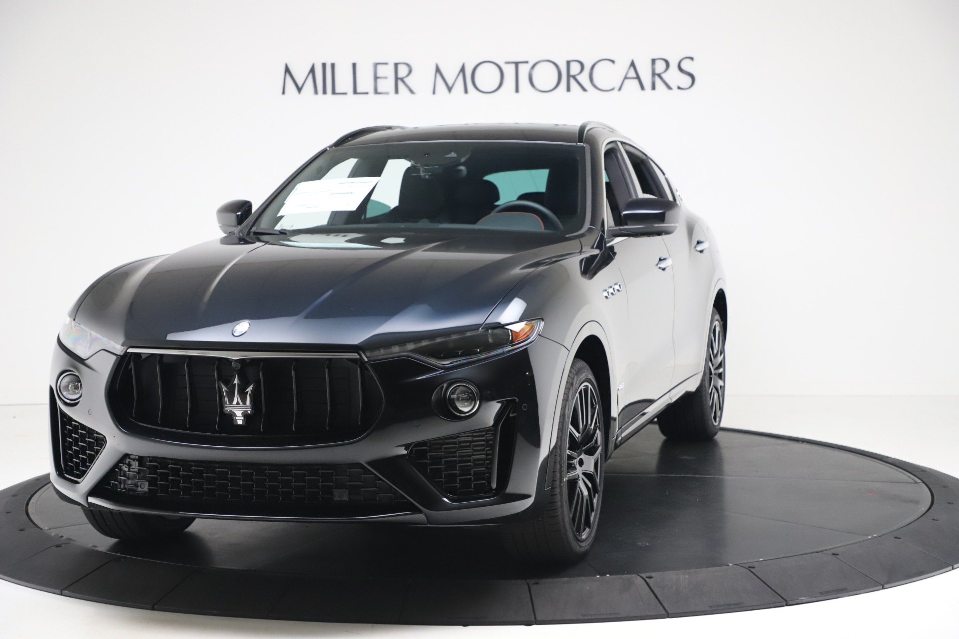 New 2020 Maserati Levante S Q4 GranSport for sale $102,985 at Rolls-Royce Motor Cars Greenwich in Greenwich CT 06830 1