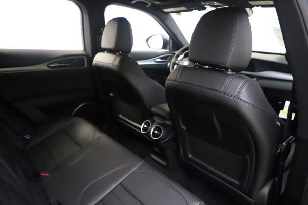 New 2020 Alfa Romeo Stelvio Ti Sport Q4 for sale $55,995 at Rolls-Royce Motor Cars Greenwich in Greenwich CT 06830 28