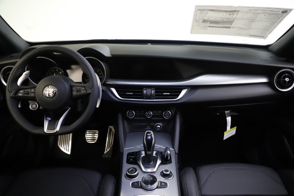 New 2020 Alfa Romeo Stelvio Ti Sport Q4 for sale $57,045 at Rolls-Royce Motor Cars Greenwich in Greenwich CT 06830 16