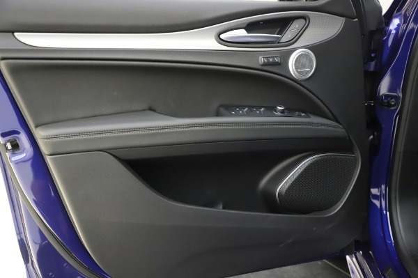 New 2020 Alfa Romeo Stelvio Ti Sport Q4 for sale $57,045 at Rolls-Royce Motor Cars Greenwich in Greenwich CT 06830 17