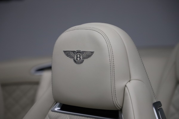Used 2017 Bentley Continental GTC V8 for sale $156,900 at Rolls-Royce Motor Cars Greenwich in Greenwich CT 06830 22