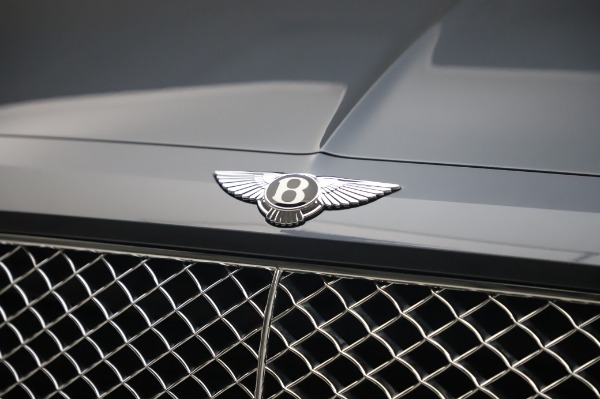 Used 2017 Bentley Bentayga W12 for sale Call for price at Rolls-Royce Motor Cars Greenwich in Greenwich CT 06830 14
