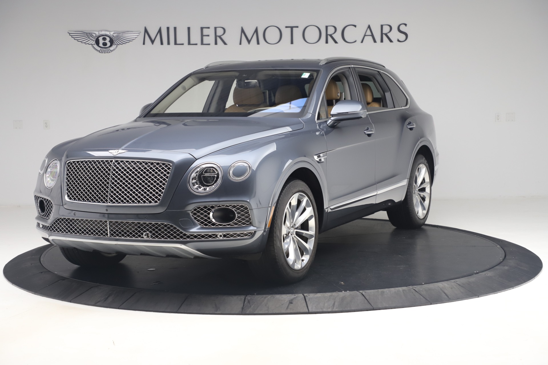 Used 2017 Bentley Bentayga W12 for sale Call for price at Rolls-Royce Motor Cars Greenwich in Greenwich CT 06830 1