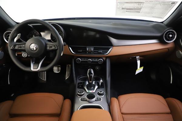 New 2020 Alfa Romeo Giulia Ti Sport Q4 for sale $51,495 at Rolls-Royce Motor Cars Greenwich in Greenwich CT 06830 16