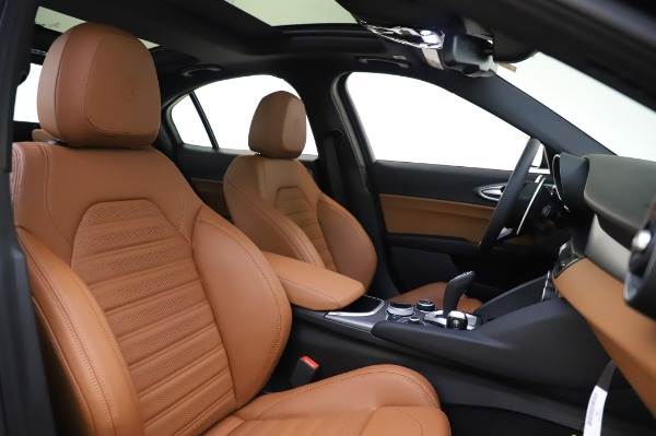 New 2020 Alfa Romeo Giulia Ti Sport Q4 for sale $51,495 at Rolls-Royce Motor Cars Greenwich in Greenwich CT 06830 22
