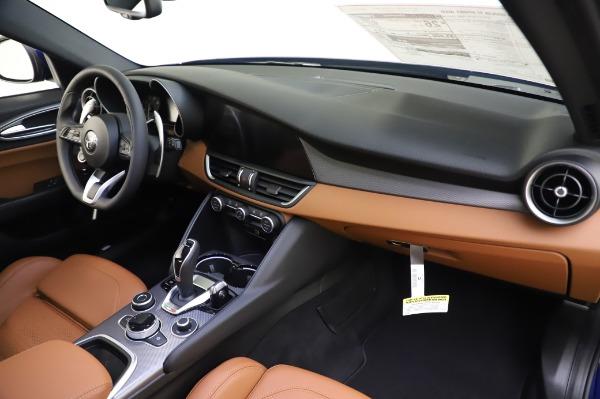 New 2020 Alfa Romeo Giulia Ti Sport Q4 for sale $51,495 at Rolls-Royce Motor Cars Greenwich in Greenwich CT 06830 24