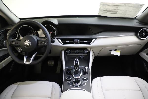 New 2020 Alfa Romeo Stelvio Ti Q4 for sale $52,895 at Rolls-Royce Motor Cars Greenwich in Greenwich CT 06830 16