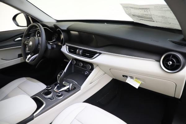New 2020 Alfa Romeo Stelvio Ti Q4 for sale $52,895 at Rolls-Royce Motor Cars Greenwich in Greenwich CT 06830 24