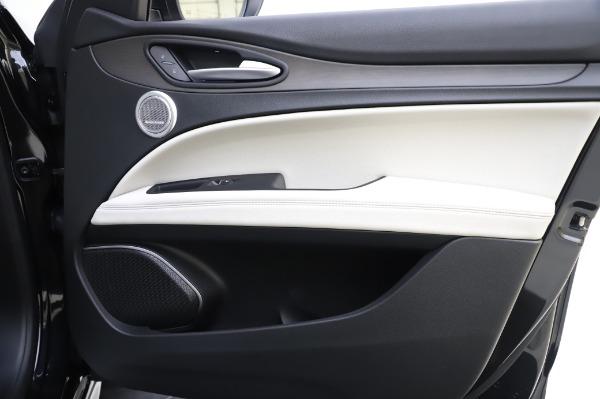 New 2020 Alfa Romeo Stelvio Ti Q4 for sale $52,895 at Rolls-Royce Motor Cars Greenwich in Greenwich CT 06830 25