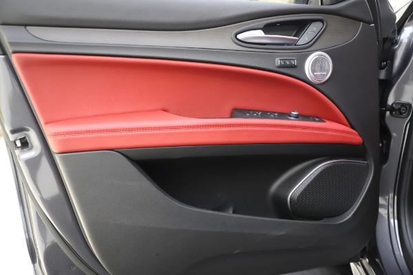 New 2020 Alfa Romeo Stelvio Ti Q4 for sale $54,095 at Rolls-Royce Motor Cars Greenwich in Greenwich CT 06830 19