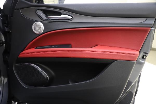 New 2020 Alfa Romeo Stelvio Ti Q4 for sale $54,095 at Rolls-Royce Motor Cars Greenwich in Greenwich CT 06830 28