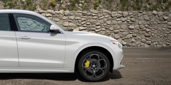 New 2020 Alfa Romeo Stelvio Ti Lusso Q4 for sale $55,045 at Rolls-Royce Motor Cars Greenwich in Greenwich CT 06830 3