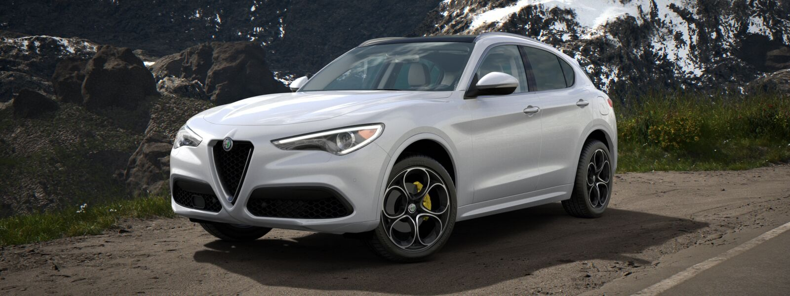 New 2020 Alfa Romeo Stelvio Ti Lusso Q4 for sale $55,045 at Rolls-Royce Motor Cars Greenwich in Greenwich CT 06830 1