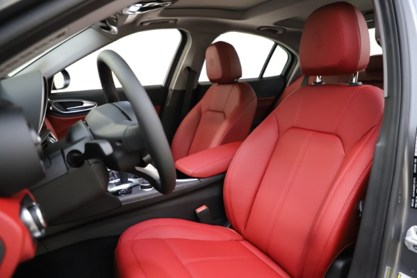 New 2020 Alfa Romeo Giulia Ti Q4 for sale Call for price at Rolls-Royce Motor Cars Greenwich in Greenwich CT 06830 16