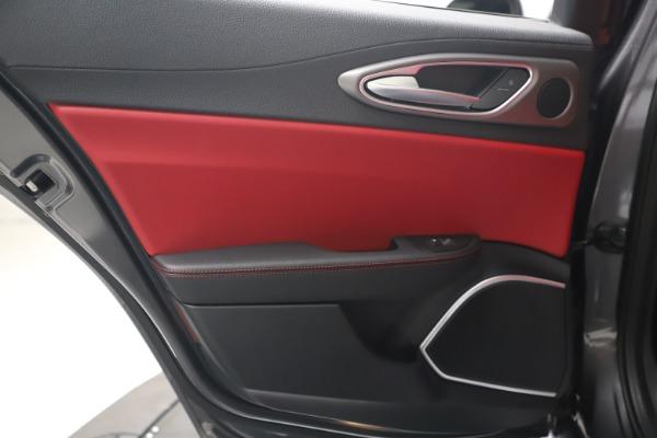 New 2020 Alfa Romeo Giulia Ti Sport Q4 for sale $51,095 at Rolls-Royce Motor Cars Greenwich in Greenwich CT 06830 21