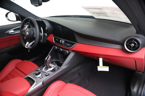 New 2020 Alfa Romeo Giulia Ti Sport Q4 for sale $51,095 at Rolls-Royce Motor Cars Greenwich in Greenwich CT 06830 24