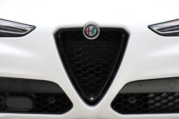 New 2020 Alfa Romeo Stelvio Ti Sport Q4 for sale $54,345 at Rolls-Royce Motor Cars Greenwich in Greenwich CT 06830 13