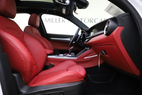New 2020 Alfa Romeo Stelvio Ti Sport Q4 for sale $54,345 at Rolls-Royce Motor Cars Greenwich in Greenwich CT 06830 25