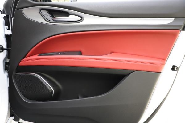 New 2020 Alfa Romeo Stelvio Ti Sport Q4 for sale $54,345 at Rolls-Royce Motor Cars Greenwich in Greenwich CT 06830 27