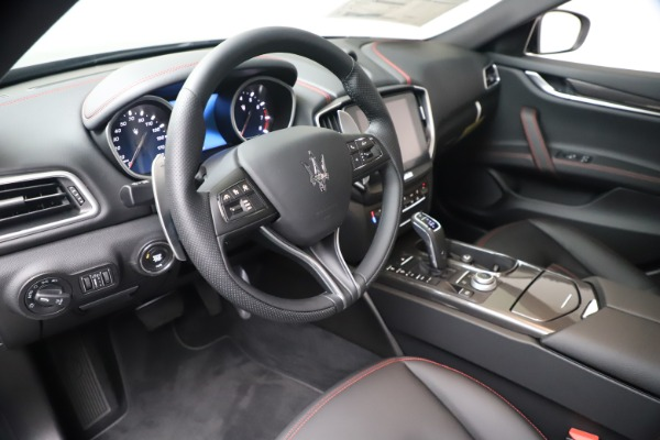 New 2020 Maserati Ghibli S Q4 for sale Sold at Rolls-Royce Motor Cars Greenwich in Greenwich CT 06830 13