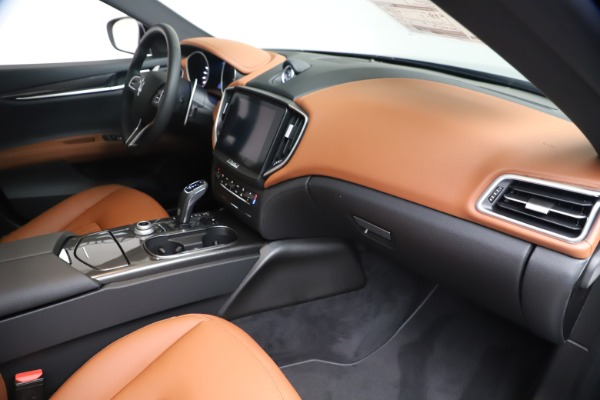 New 2020 Maserati Ghibli S Q4 for sale $87,285 at Rolls-Royce Motor Cars Greenwich in Greenwich CT 06830 22