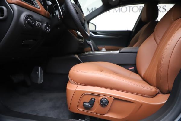 New 2020 Maserati Ghibli S Q4 for sale $69,750 at Rolls-Royce Motor Cars Greenwich in Greenwich CT 06830 14