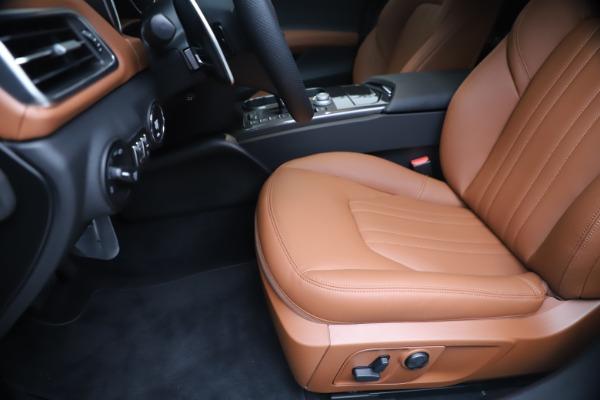 New 2020 Maserati Ghibli S Q4 for sale $69,750 at Rolls-Royce Motor Cars Greenwich in Greenwich CT 06830 15
