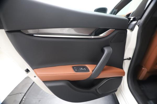 New 2020 Maserati Ghibli S Q4 for sale $69,750 at Rolls-Royce Motor Cars Greenwich in Greenwich CT 06830 21