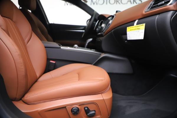 New 2020 Maserati Ghibli S Q4 for sale $69,750 at Rolls-Royce Motor Cars Greenwich in Greenwich CT 06830 23