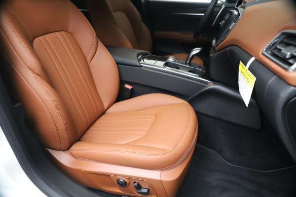 New 2020 Maserati Ghibli S Q4 for sale $69,750 at Rolls-Royce Motor Cars Greenwich in Greenwich CT 06830 24
