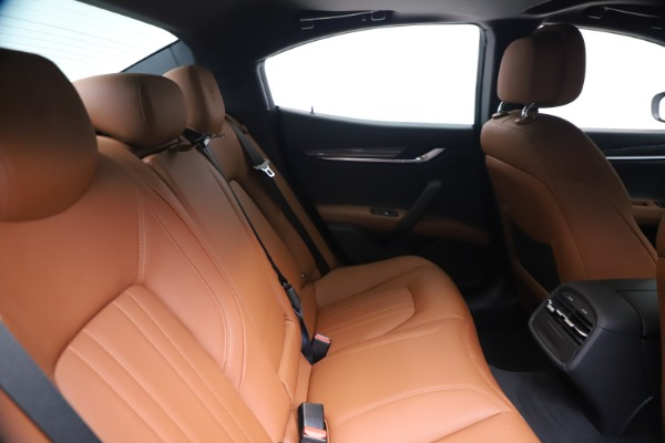 New 2020 Maserati Ghibli S Q4 for sale $69,750 at Rolls-Royce Motor Cars Greenwich in Greenwich CT 06830 27