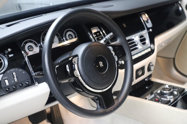 Used 2014 Rolls-Royce Wraith for sale $165,900 at Rolls-Royce Motor Cars Greenwich in Greenwich CT 06830 16