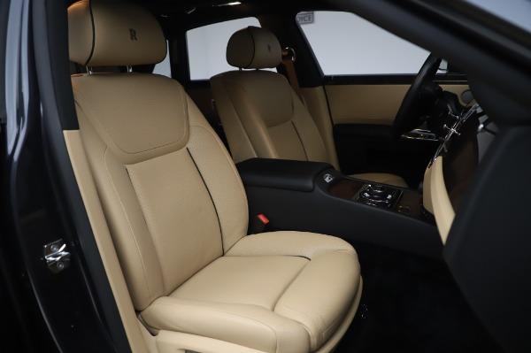 Used 2016 Rolls-Royce Ghost for sale $175,900 at Rolls-Royce Motor Cars Greenwich in Greenwich CT 06830 14