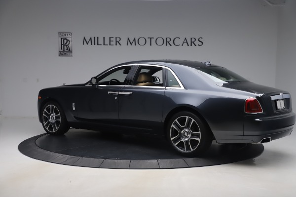 Used 2016 Rolls-Royce Ghost for sale $175,900 at Rolls-Royce Motor Cars Greenwich in Greenwich CT 06830 4
