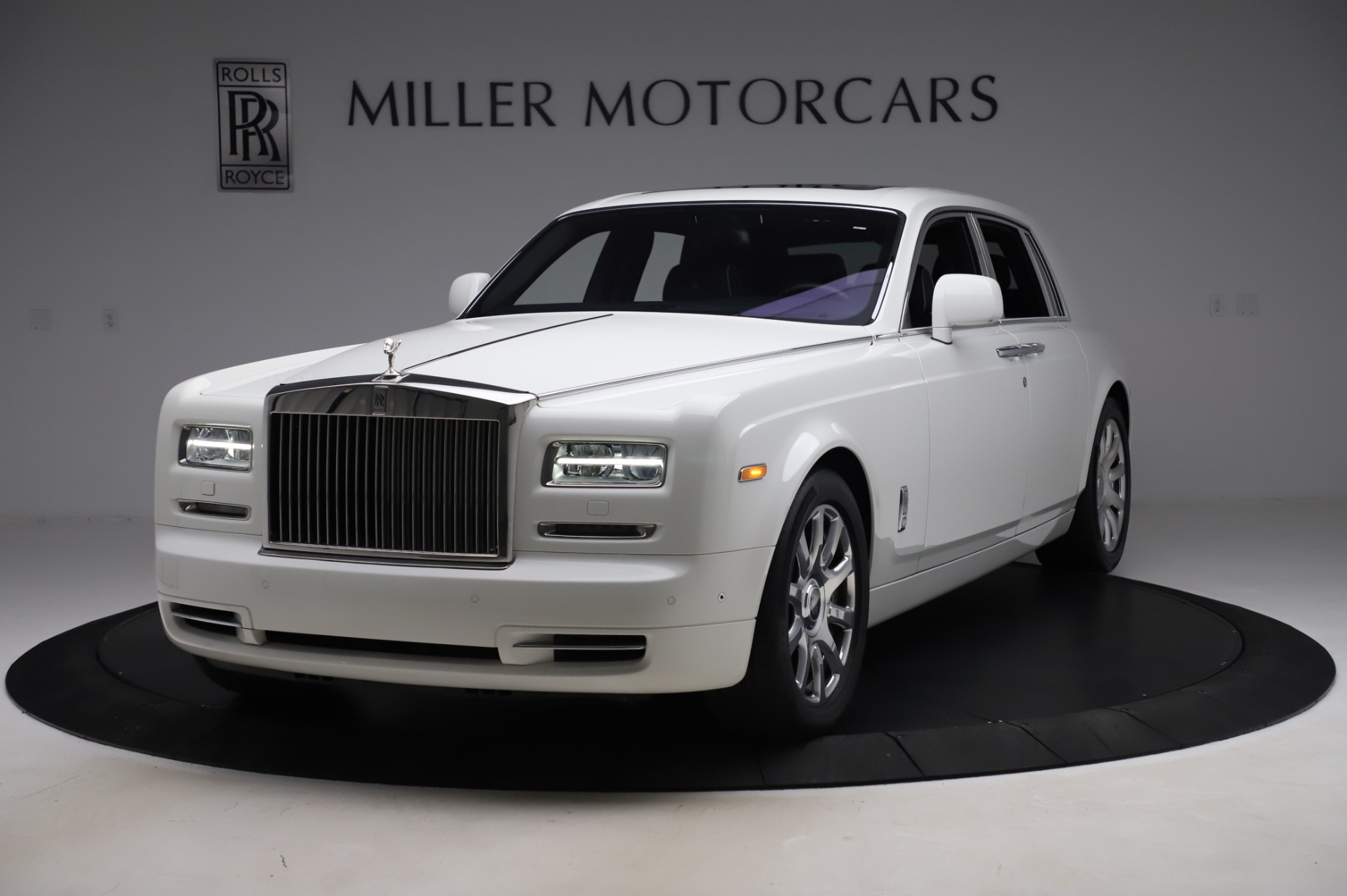 Used 2014 Rolls-Royce Phantom for sale $199,900 at Rolls-Royce Motor Cars Greenwich in Greenwich CT 06830 1