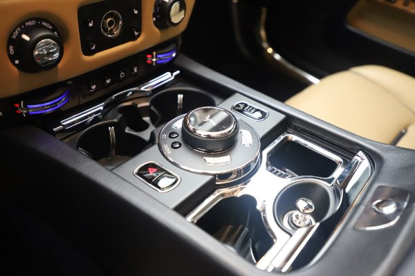 Used 2015 Rolls-Royce Wraith for sale $179,900 at Rolls-Royce Motor Cars Greenwich in Greenwich CT 06830 19