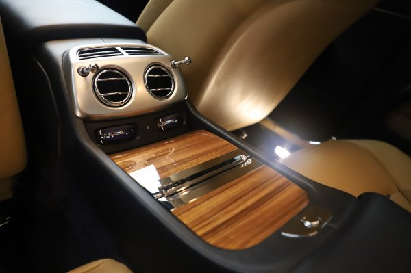 Used 2015 Rolls-Royce Wraith for sale $179,900 at Rolls-Royce Motor Cars Greenwich in Greenwich CT 06830 23