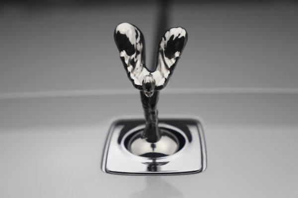 Used 2015 Rolls-Royce Wraith for sale $179,900 at Rolls-Royce Motor Cars Greenwich in Greenwich CT 06830 27