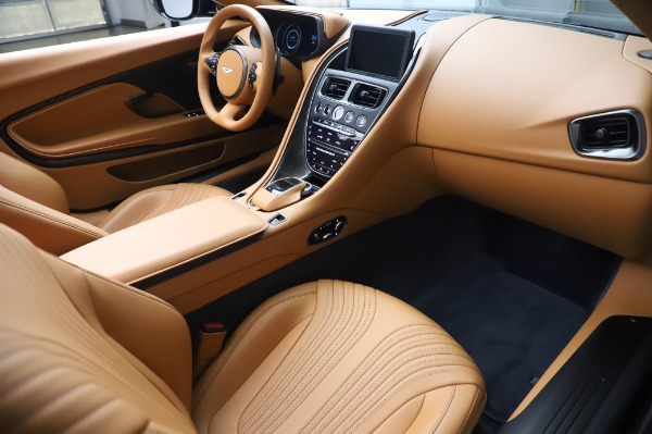 Used 2019 Aston Martin DB11 Volante Convertible for sale $209,900 at Rolls-Royce Motor Cars Greenwich in Greenwich CT 06830 18