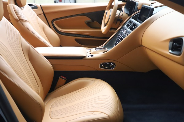 Used 2019 Aston Martin DB11 Volante Convertible for sale $209,900 at Rolls-Royce Motor Cars Greenwich in Greenwich CT 06830 19